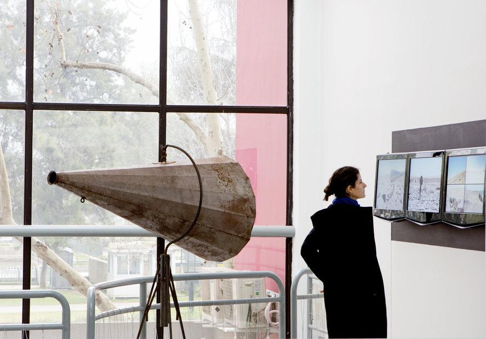 Palabras a Pampa Abierta, video instalación, centro Cultural de España, Santiago, 2017.