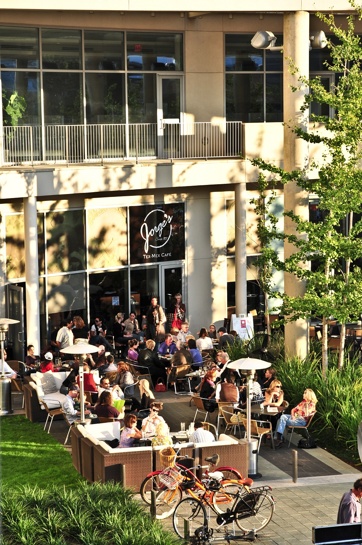 4 On-Site Restaurants