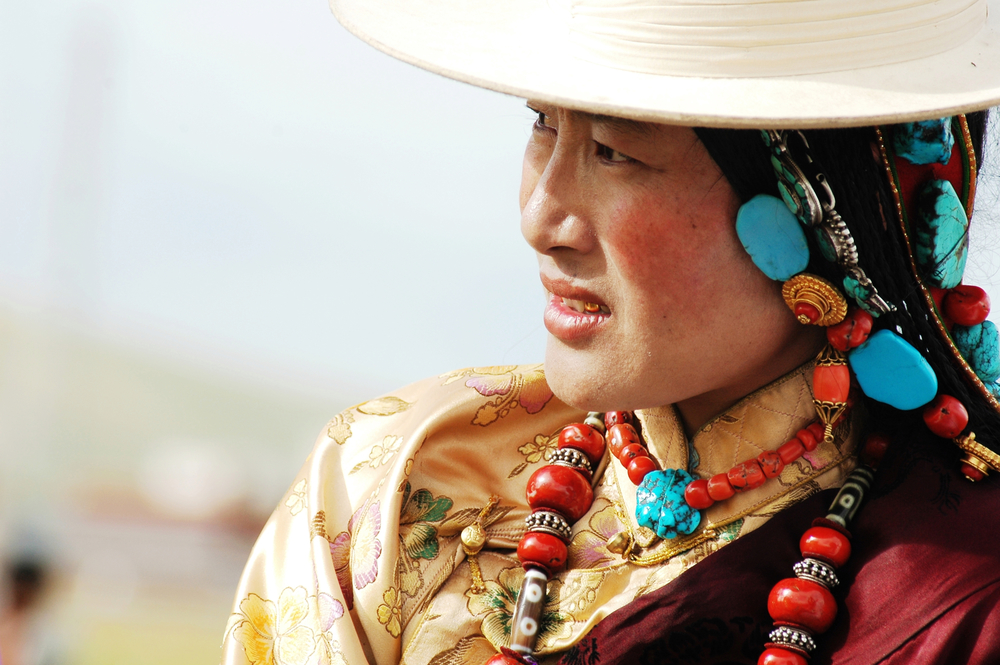 """Plateau redness"" of Tibetan faces is so notable that it's inspired songs—so what is the significance of its potential disappearance? Image © Bbbar 