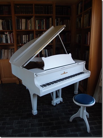 Hand painted white piano! (prior to restoration)