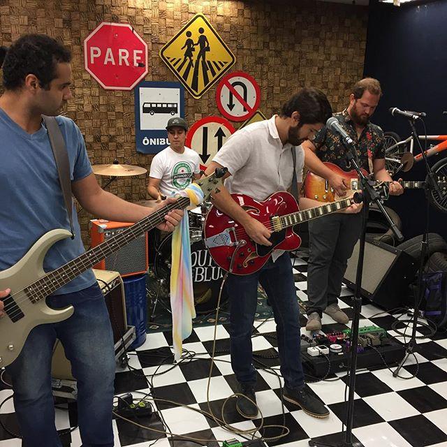 Hoje estamos aqui em Rio Claro na Tv Claret, gravando para Programa Jovem.com
