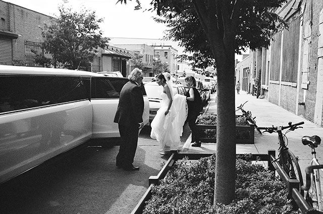 Bride takes limo through NYC to ceremony church site - Sarah Der Photography