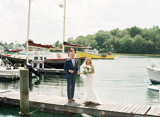 first look on the waterfront - Sarah Der Photography