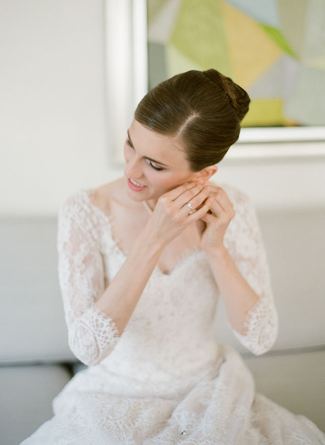 Yvonne LaFleur wedding veil - Sarah Der Photography