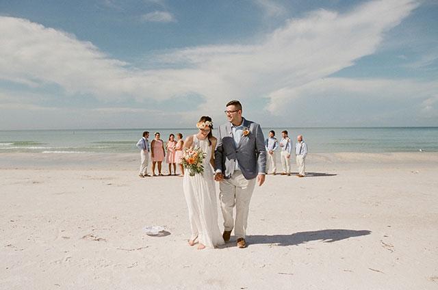 Anna Maria Island wedding portraits on the beach - Sarah Der Photography