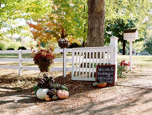 DIY wedding chalkboard ideas for an autumn wedding