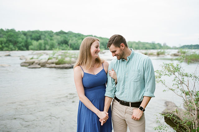 Reedy Creek engagement session on film  - Sarah Der Photography