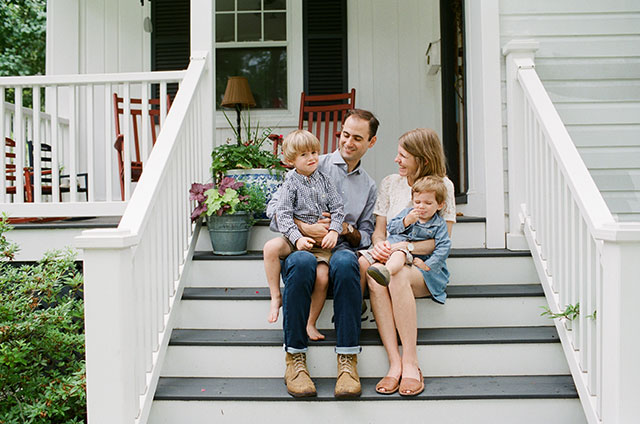 Film family photography by Sarah Der Photography