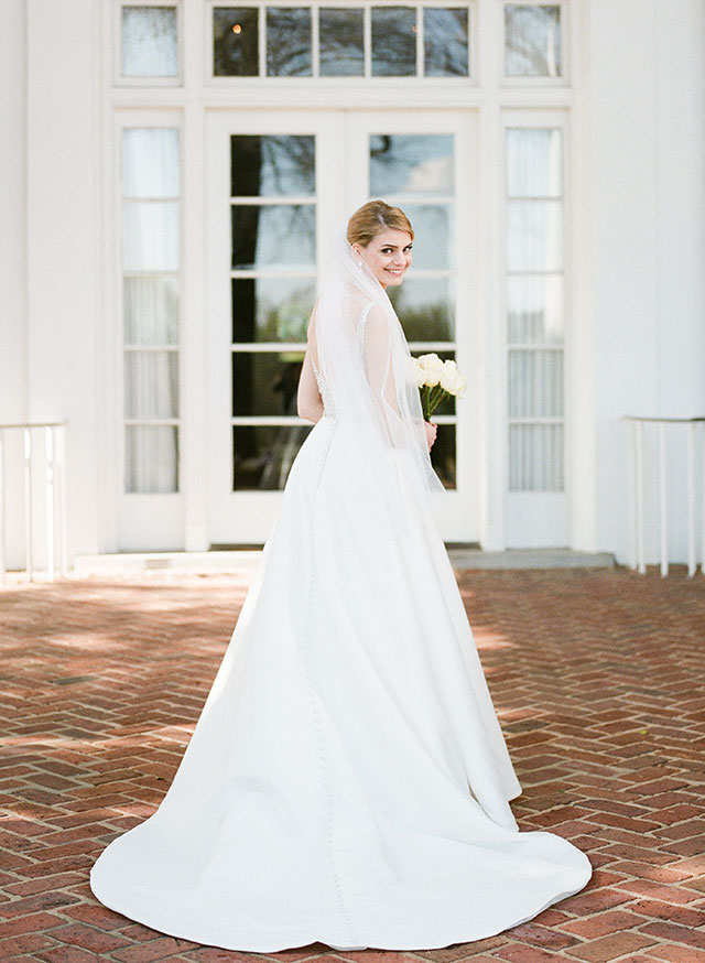Southern tradition of bridal sessions on courtyard at CCV - Sarah Der Photography