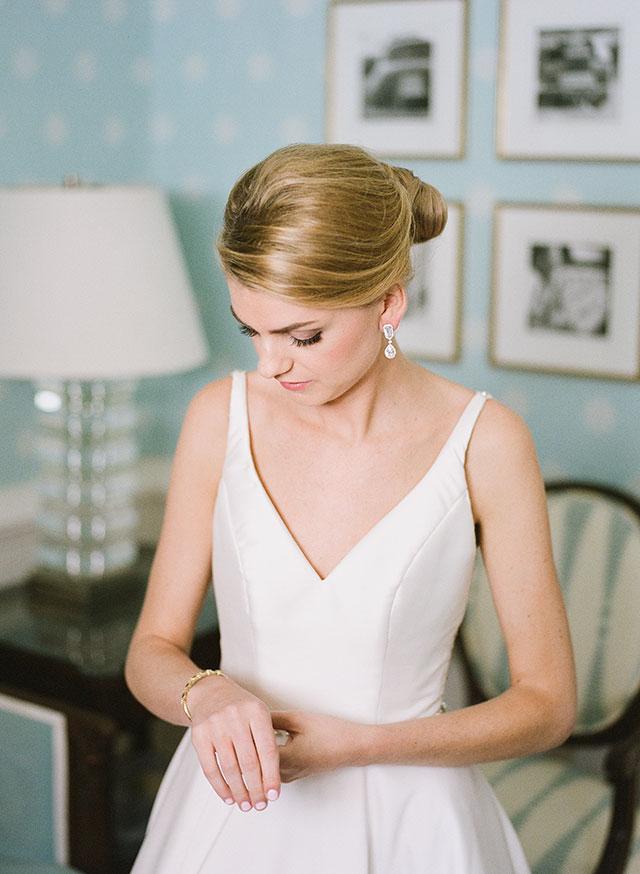 Salon van De richmond wedding hair by Sarah Der Photography