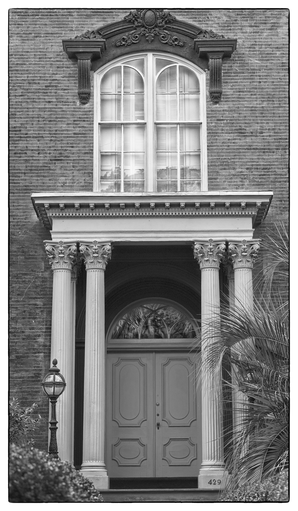 26_Mercer House Door BW _web.jpg