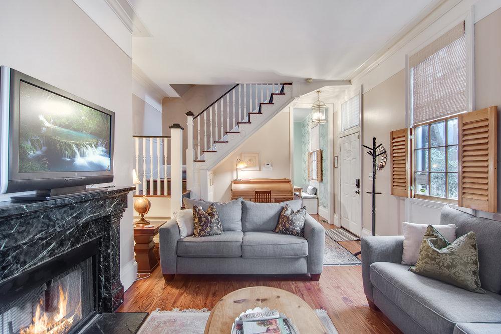 Large Group House Rental   Charleston, SC