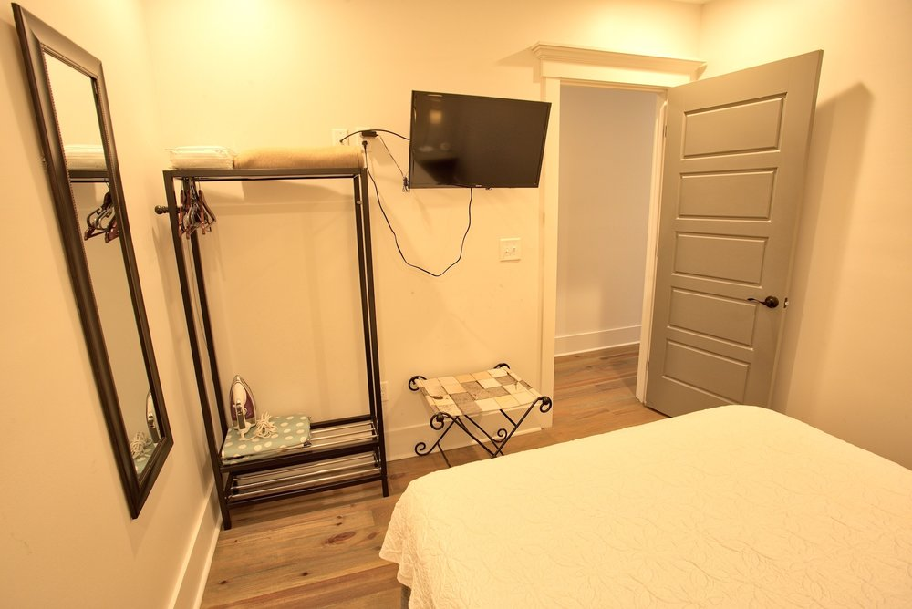 Suite on King Street Charleston SC Vacation Rental The Cooper Suite9.jpeg