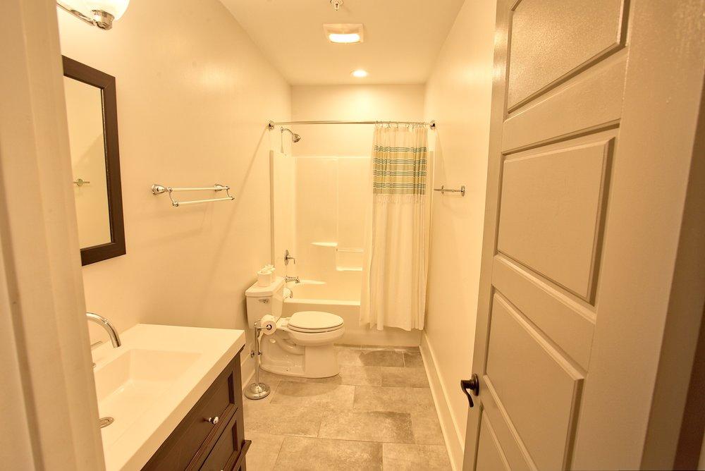 Suite on King Street Charleston SC Vacation Rental The Hampton Suite21.jpeg