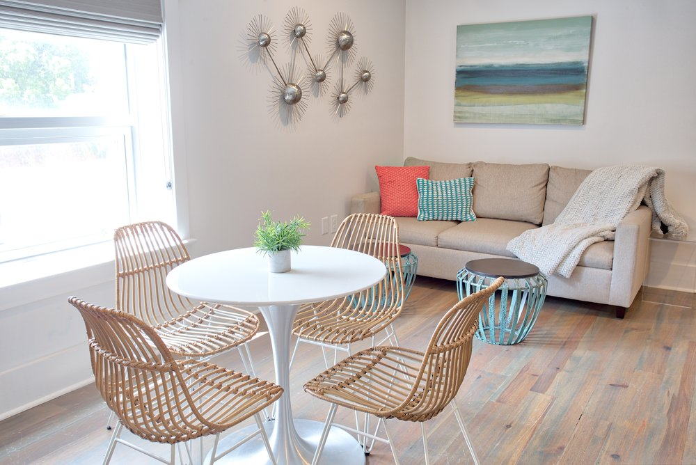 493 FOLLY SUITE - 2 bedrooms - sleeps 4-6