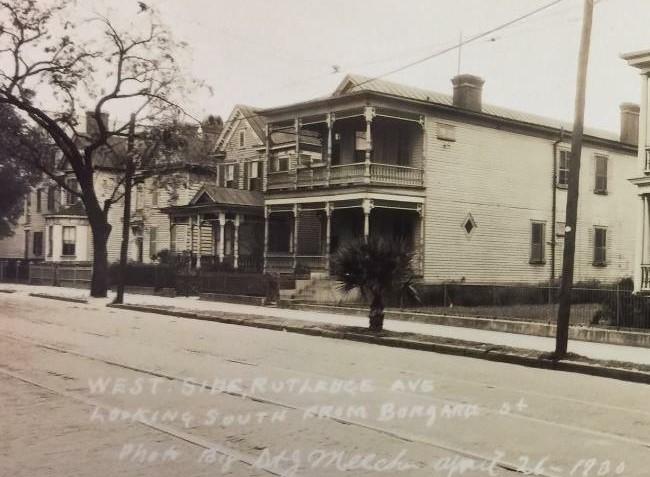 1900s photo - Copy.JPG
