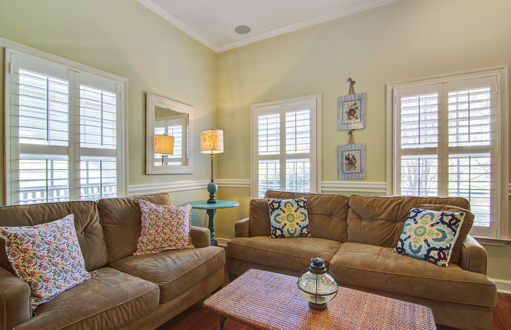 1 F - 2 bedrooms - sleeps 4available on a monthly basis: 6/22