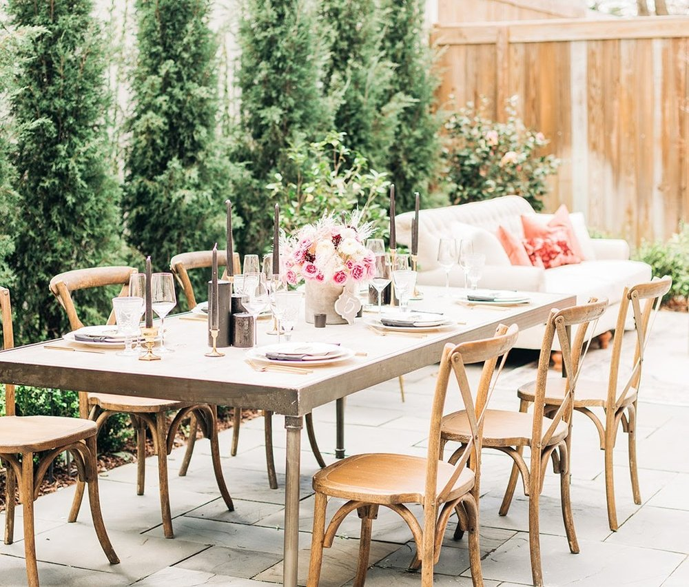 563 King Street Event Space is an outdoor wedding venue with 10 units (19 bedrooms) on-site!    Photo Courtesy of IvyBee Wedding Photography