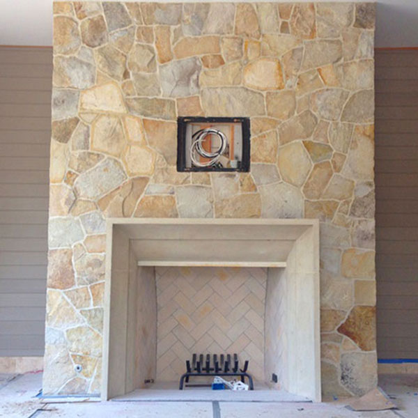 FIREPLACES, FIREPITS & BBQ AREAS