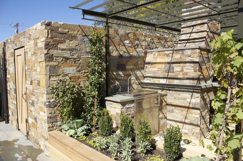 Walls, Fireplace Surrounds, Stonework by Arriaga Masonry