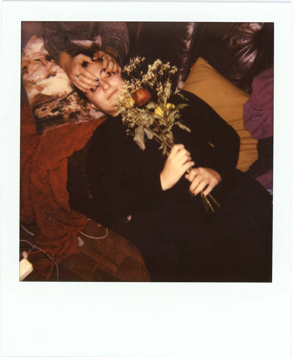Mai with flowers005.jpg