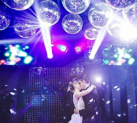 Uma festa inesquecível pede uma pista de dança sensacional!! pH:@doiscliques