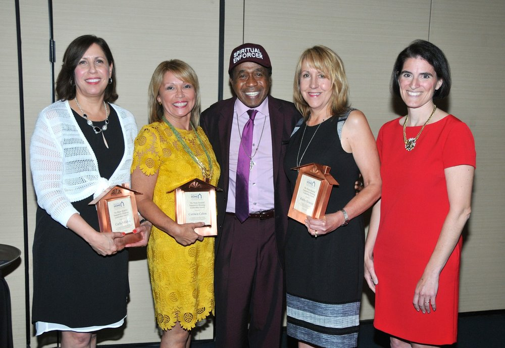Left to Right: Carla Miklos (Executive Director, Operation Hope), Carmen Colon (Vice President, Bridgeport Y's), Tony Award-winning entertainer Ben Vereen, Kathy Hunter (Deputy Director, Supportive Housing Works), and State Representative Cristin McCarthy Vahey (Fairfield).
