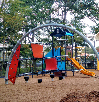 EastFalmouth-Playground3.png