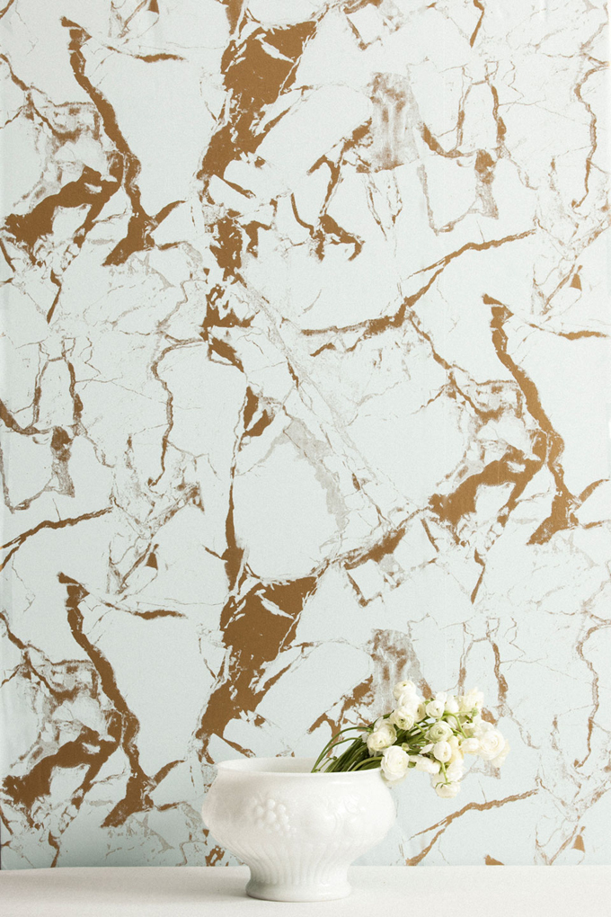 Gold And White Marble : Levante breccia — flat vernacular