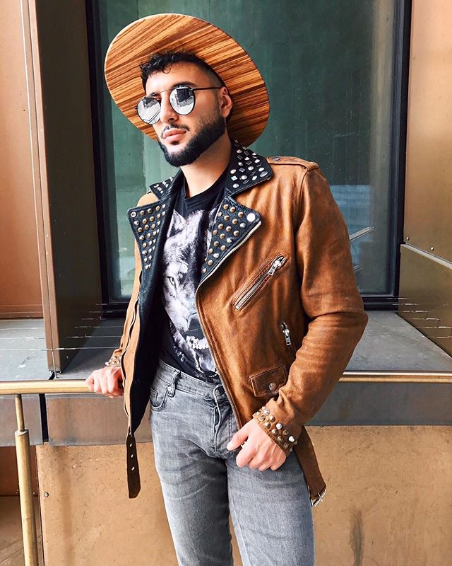 @mikeafsharian accompanied by the Wood Wilder Wooden Fedora and the @diesel superior jacket. Does it get any better? 🙌🏼