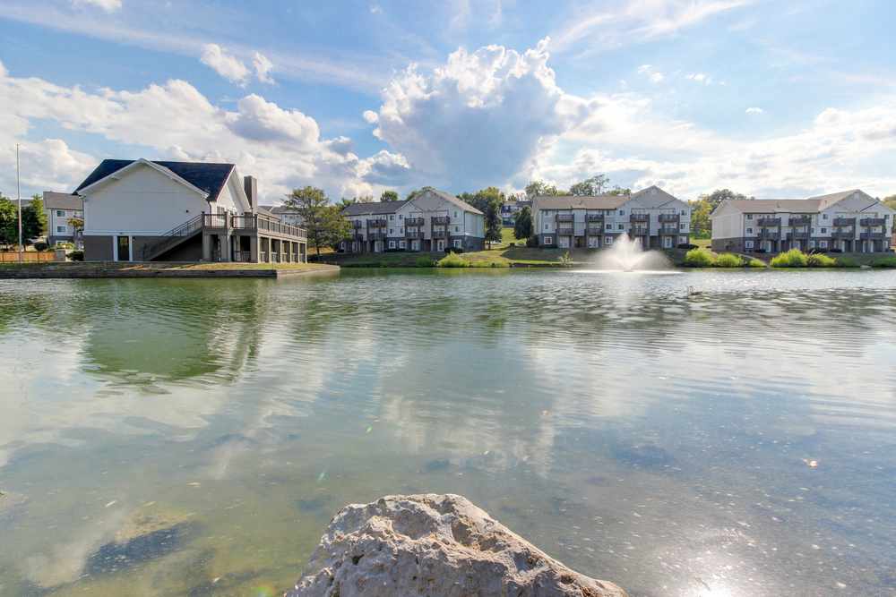Hickory Lake Nashville Exterior 15.jpg