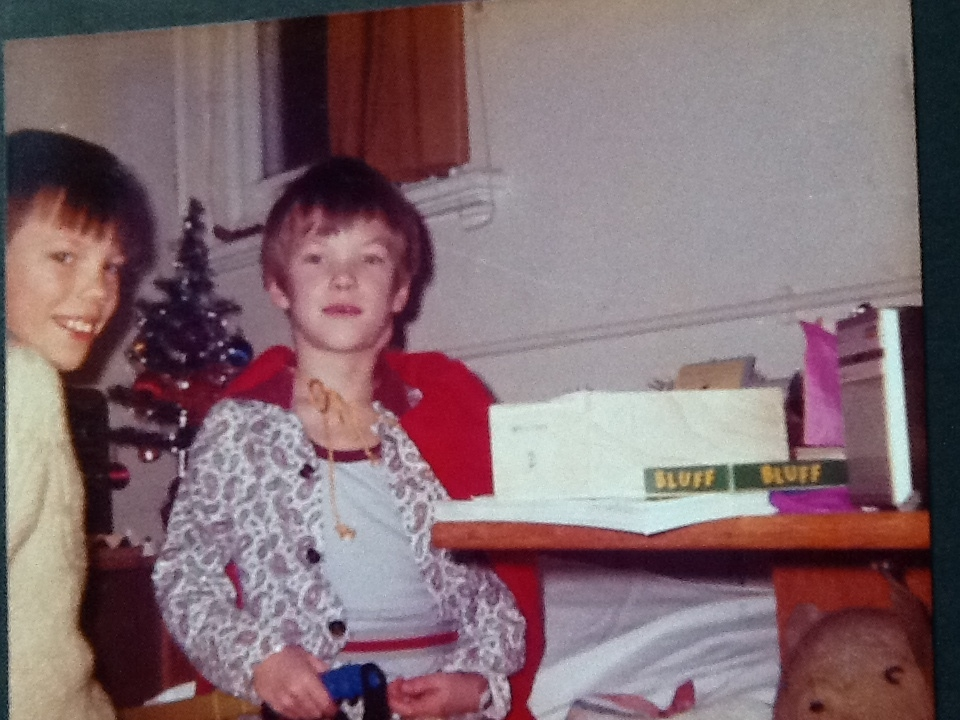 Christmas day 1981, Horton General Hospital. Superman cloak: check. Grotesquely swollen neck: check. Life on Earth on the table: check.
