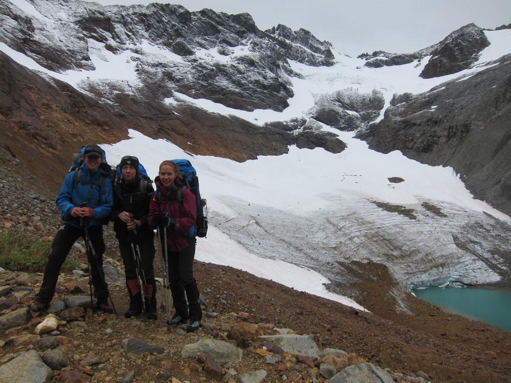 Me, mom and sister Reese above Upper Lyman Lakes, Spider Meadows Loop, Glacier Peak Wilderness.