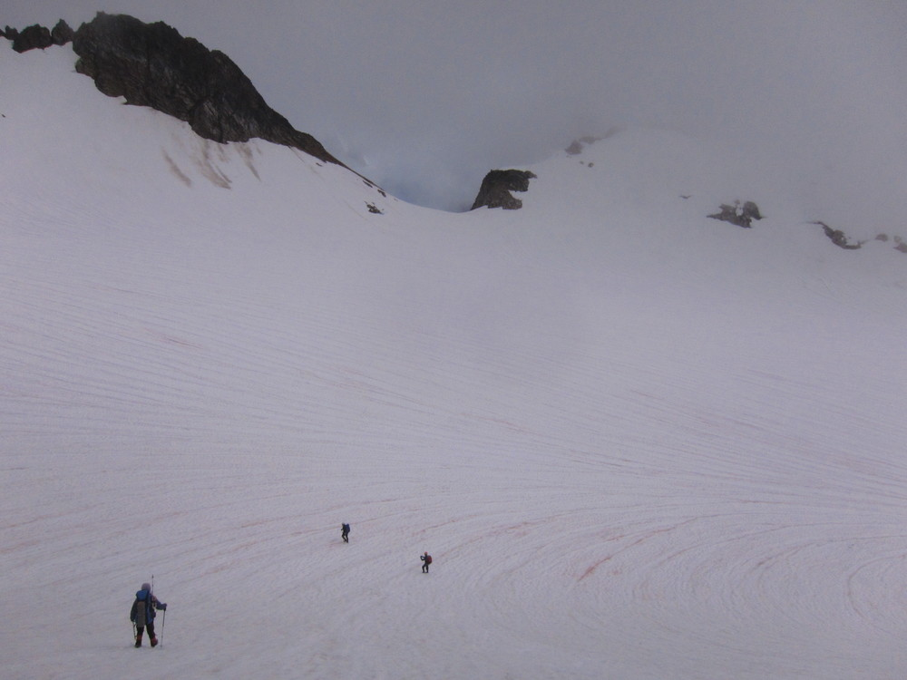Dropping down onto the magical South Cascade Glacier.