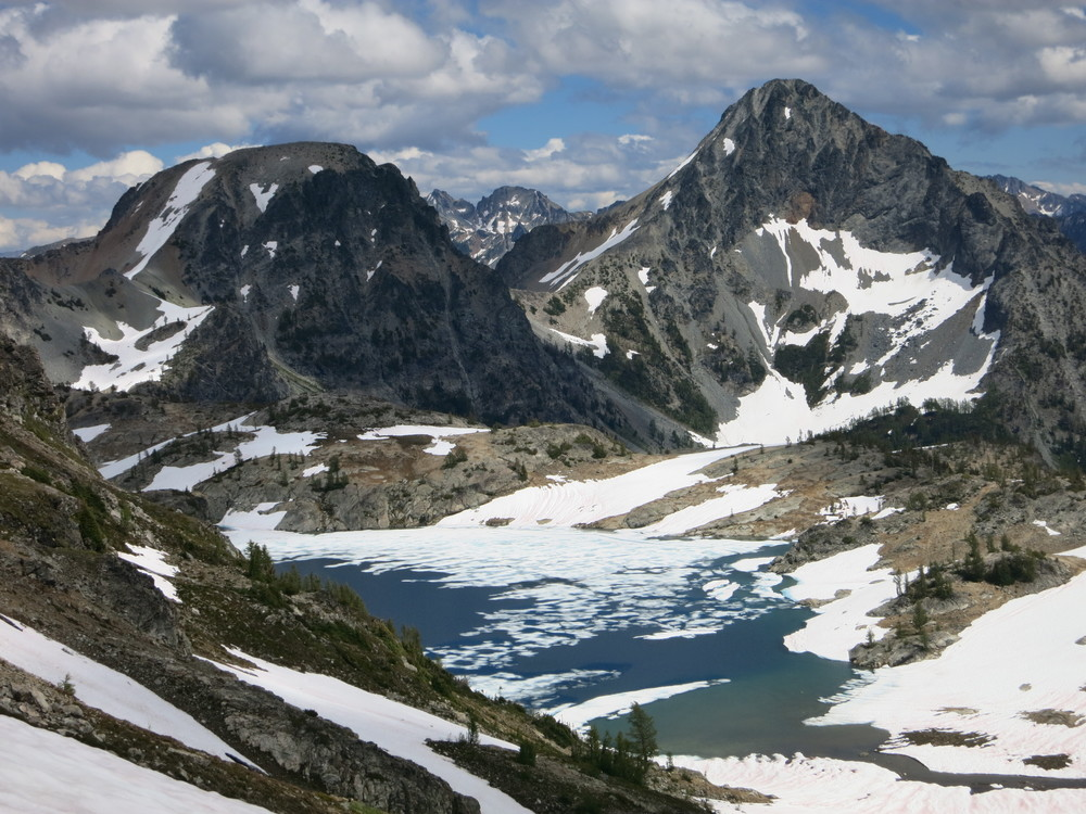 Lower Ice Lake with North (L) and South (R) Spectacle Buttes.
