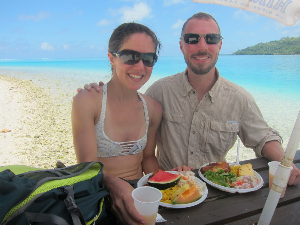 Picnic lunch in the water in Huahine.