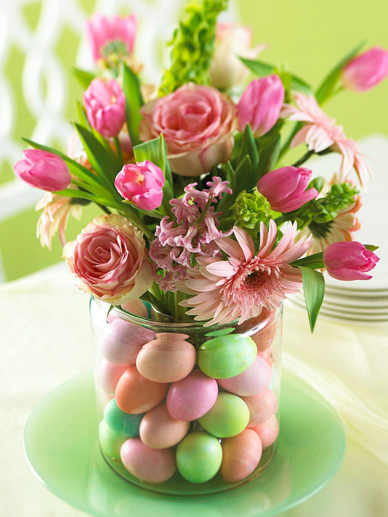 Floral Arrangment with Egg Base