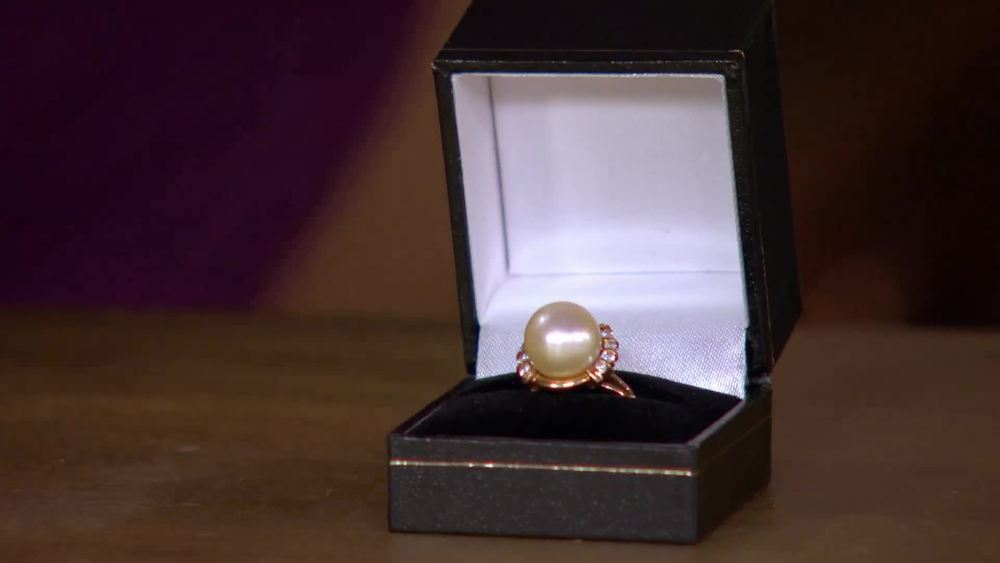 Gold, diamond and cultured pearl ring. £400| Private Collection