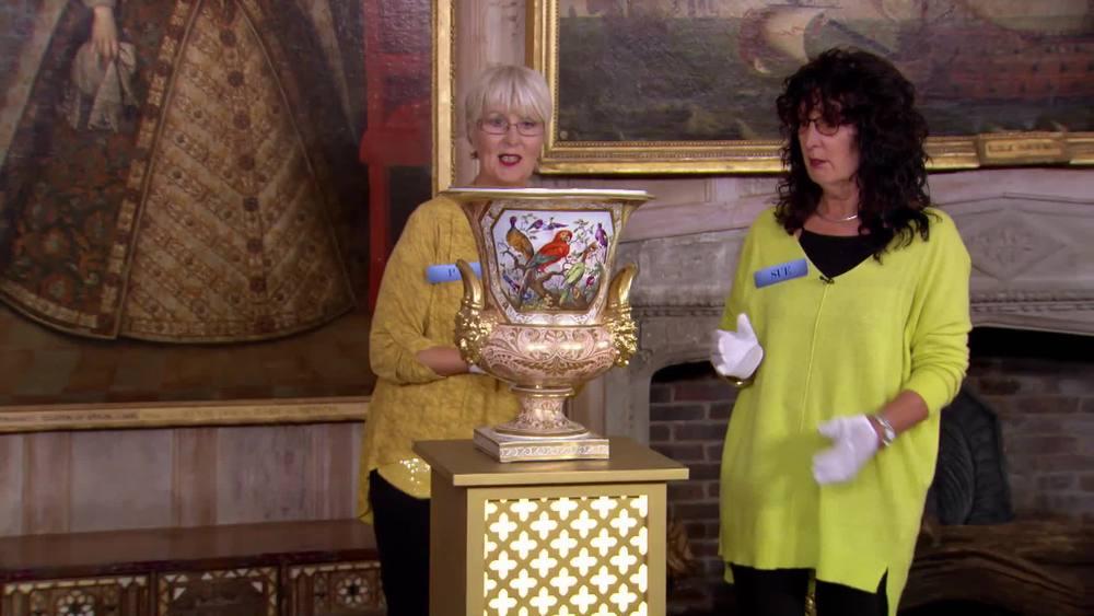 Large Derby Vase 1810, probably Thomas Steele statement piece. £14,000 |David Foord-Brown |www.davidfoord-brown.com