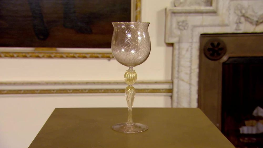 A 20th Century Murano hand blown goblet by Salviati. £280 | Xupes | www.xupes.com