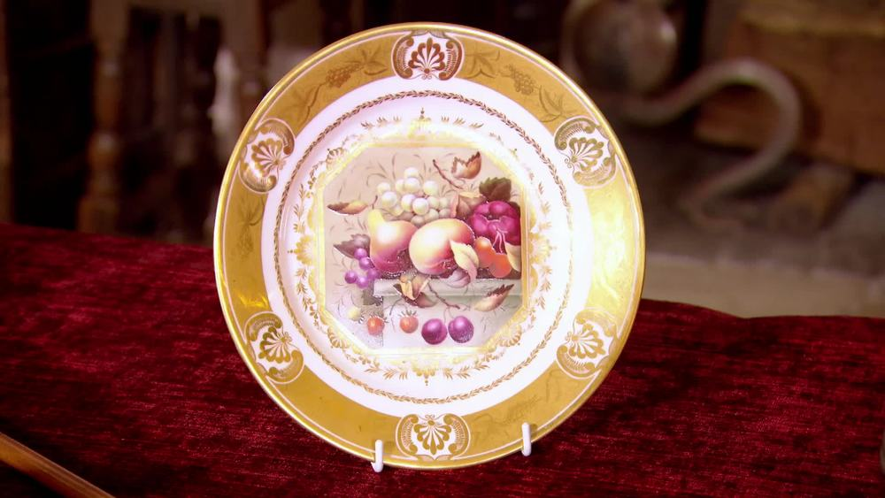 A Derby porcelain cabinet plate, circa 1815 painted by Thomas Steele. £1850 | David Foord-Brown | www.davidfoord-brown.com