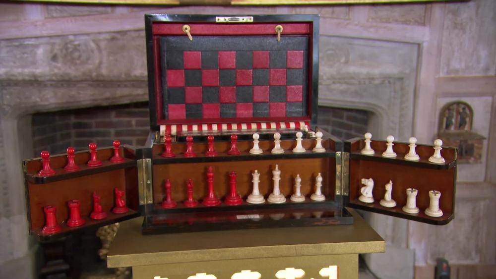 Leuchars Games Compendium veneered in coromandel, circa 1810. All pieces still remain in the 6 games. £1950 |Hamptons Antiques |www.hamptonantiques.co.uk