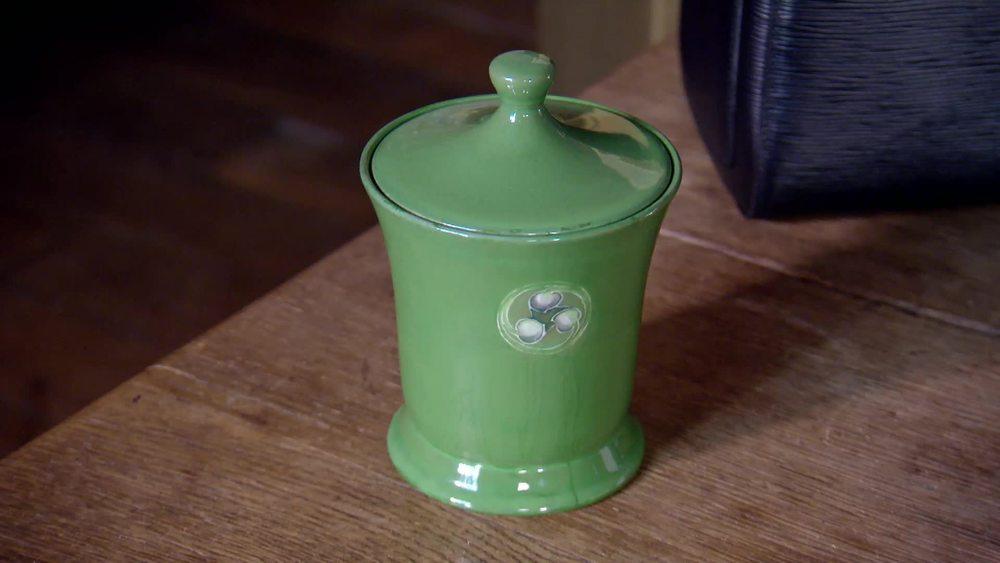 A Moorcroft Squat Pot. £600 | Moorcroft |www.moorcroft.com