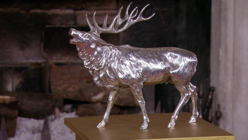 800 Standard Silver, Large Stag. German circa 1900. £13,800 | I Franks | www.ifranks.com