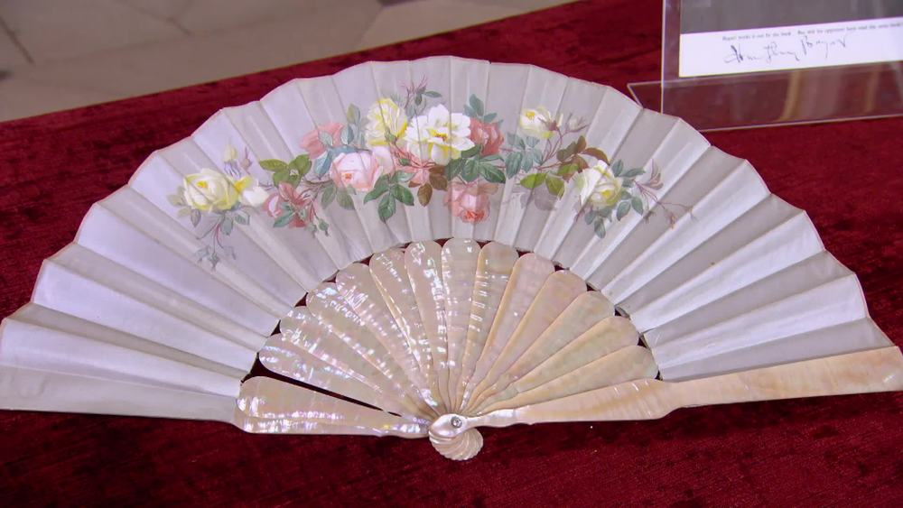 Mother of pearl Painted fan early 20th century. £150 |The Swan |www.theswan.co.uk