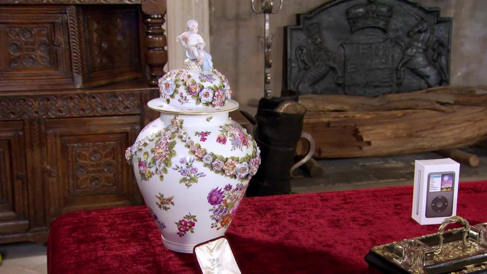 Large vase 1900. £100 |The Swan |www.theswan.co.uk