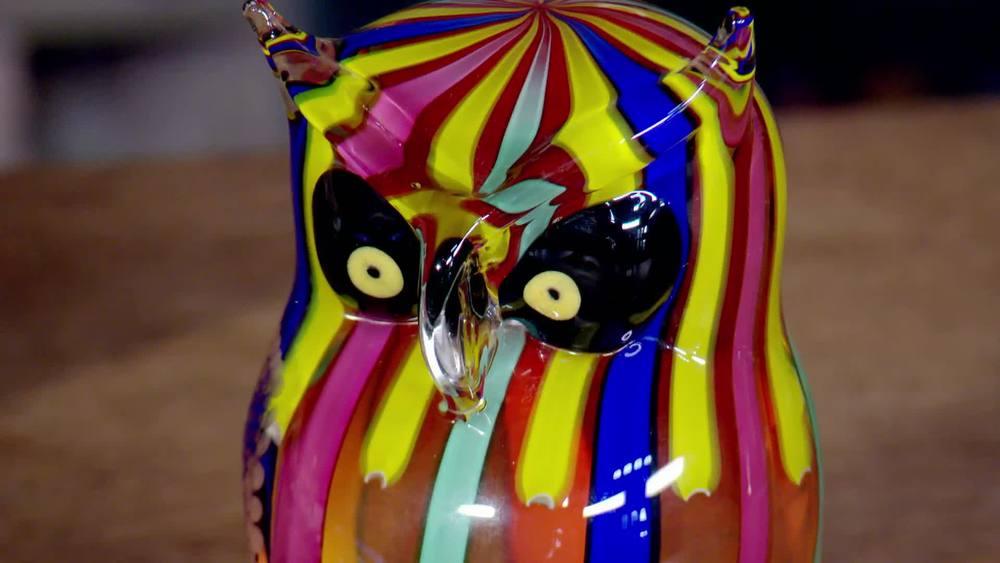 Italian Murano glass owl figure circa 1980. £1650 |Xupes |www.xupes.com