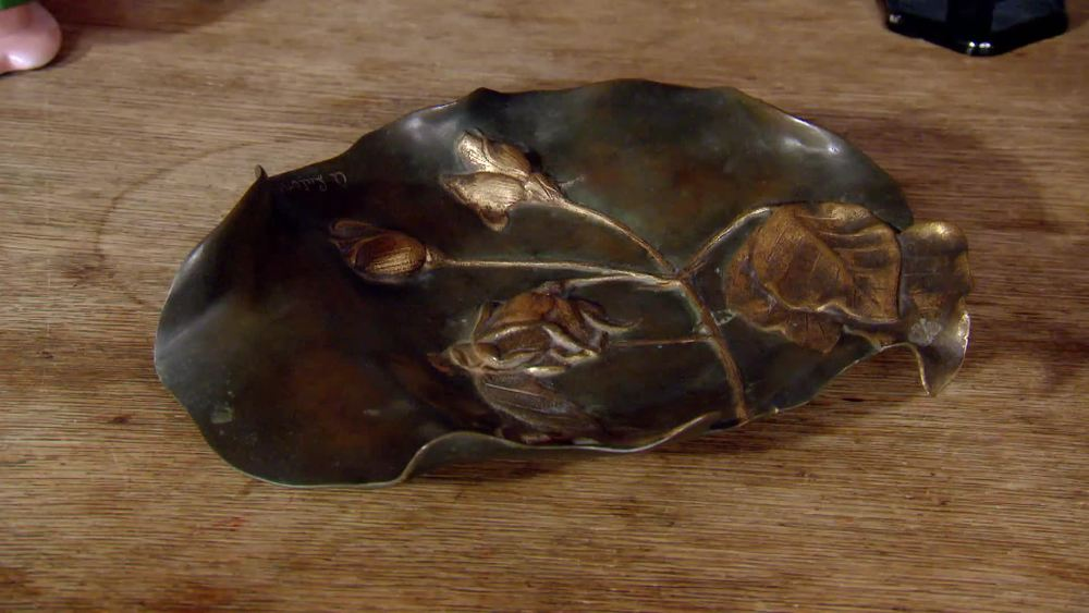 Art nouveau bronze bowl signed by Lutens, Brussels. £350 |The Swan |www.theswan.co.uk