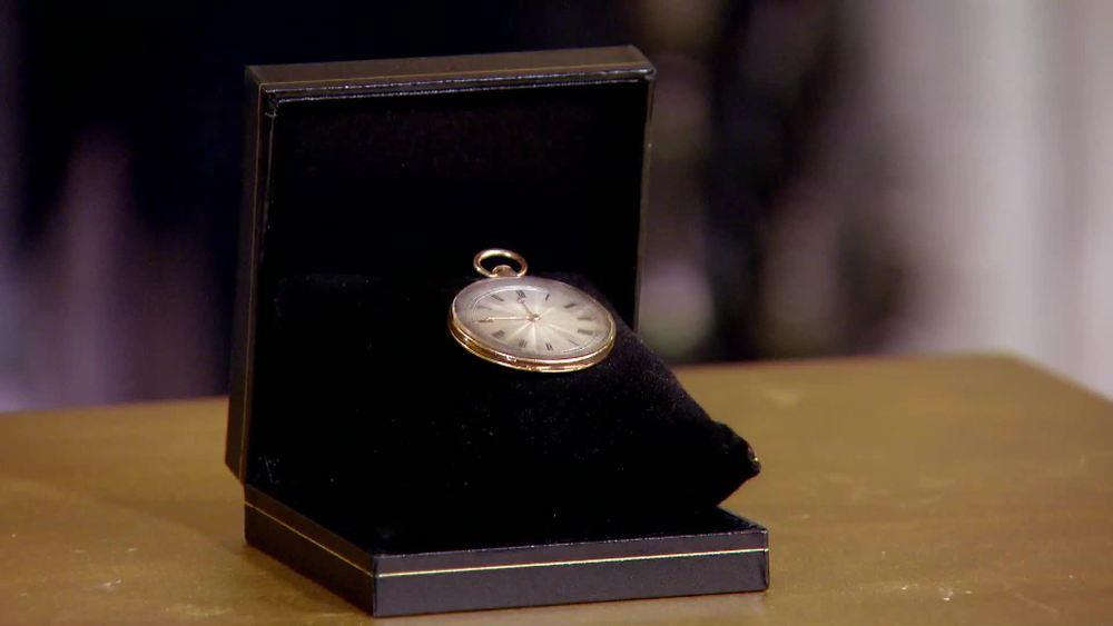 18 Carat Gold Watch by Perrelet, Paris c1790. £5000 | Parade Antiques |www.paradeantiques.co.uk