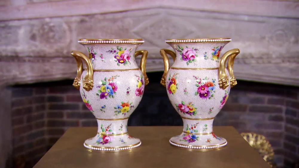 Pair of Spode Vases 1815. £1900 | David Foord-Brown |www.davidfoord-brown.com